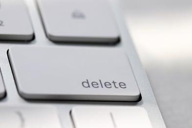 delete-key-on-imac-keyboard-communication-internet-6RYA2YL